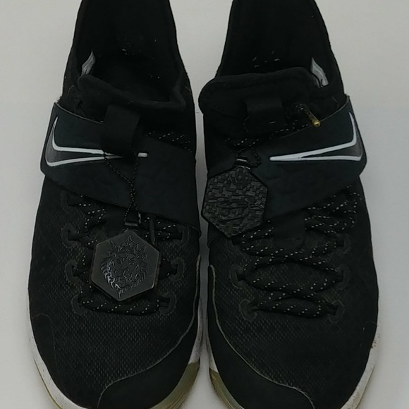 the best attitude a916a 9da5f Lebron James Soldier 13 Nike Youth size 5.5